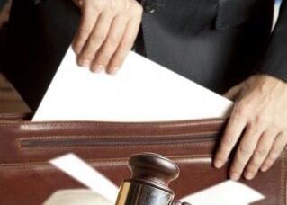 Finding The Right Attorney | Faro & Crowder, PA